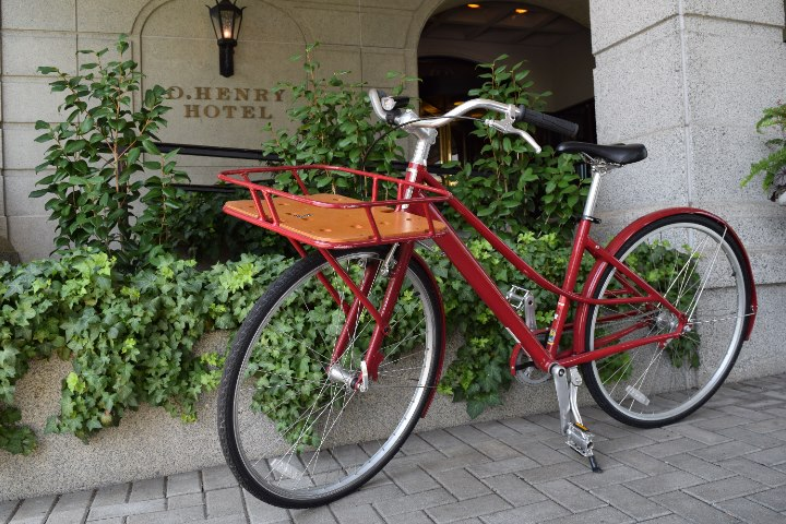Red Bike at O.Henry Hotel