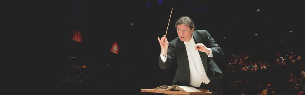 maestro conducting