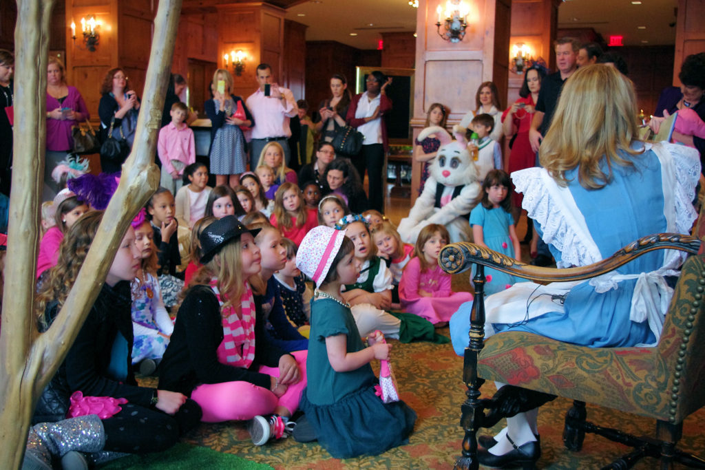 Alice read Alice in Wonderland to Mad Hatter Tea Guests at O.Henry Hotel
