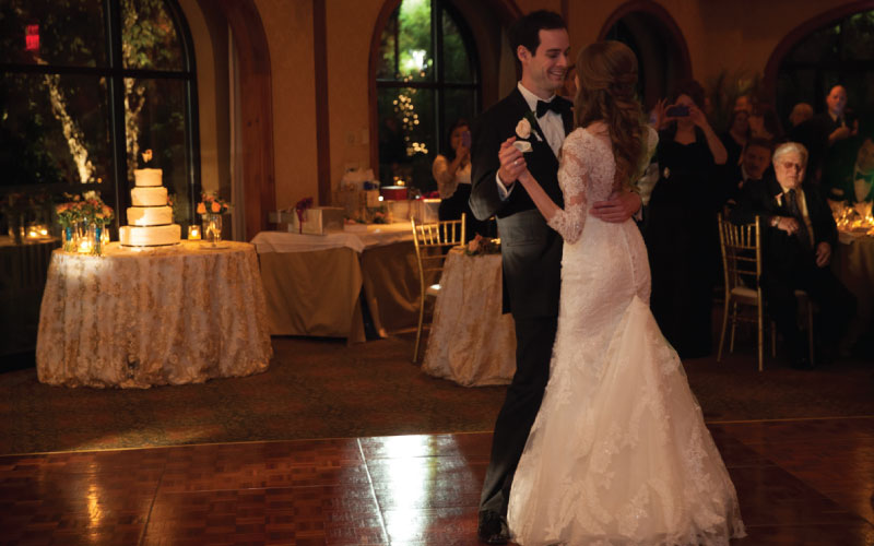 O.Henry Hotel Weddings - Diana and Thomas first dance