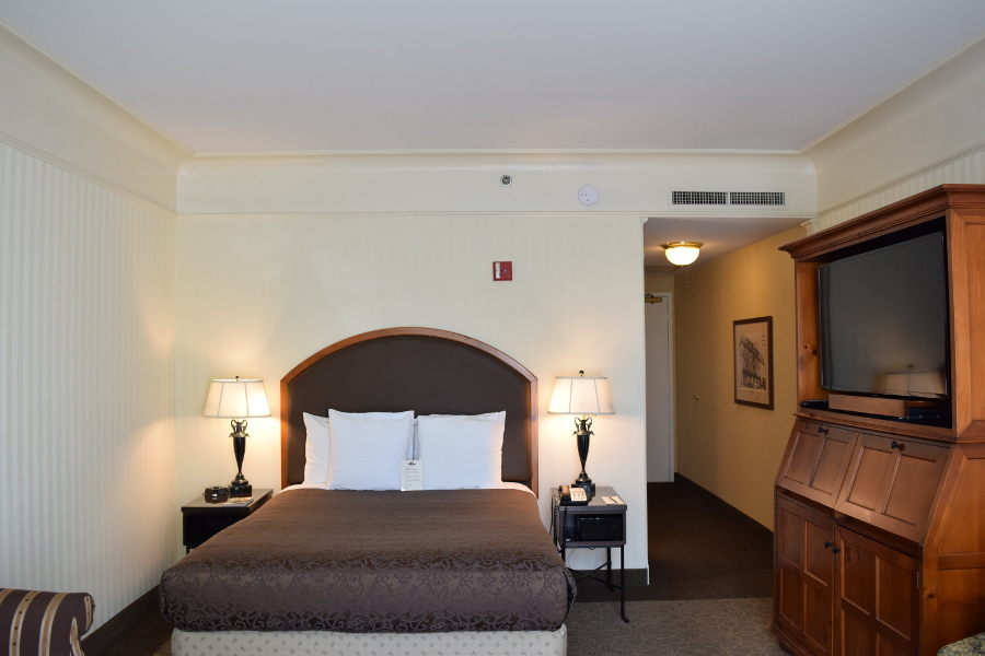 O.Henry Hotel Accessible Queen Room Picture