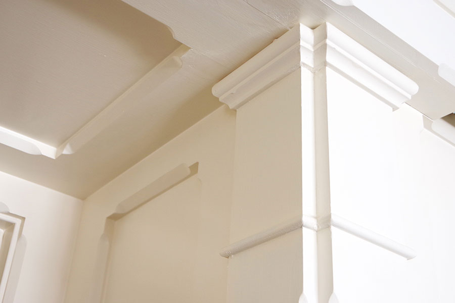 Custom Crown Molding - Magi Suite - O.Henry Hotel