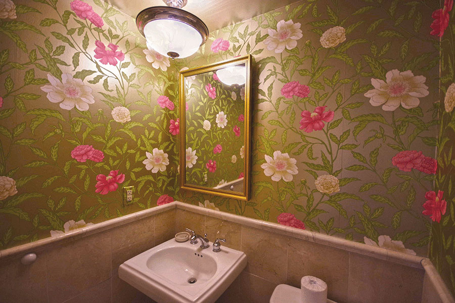 Wallpapered Powder Room - Magi Suite - O.Henry Hotel